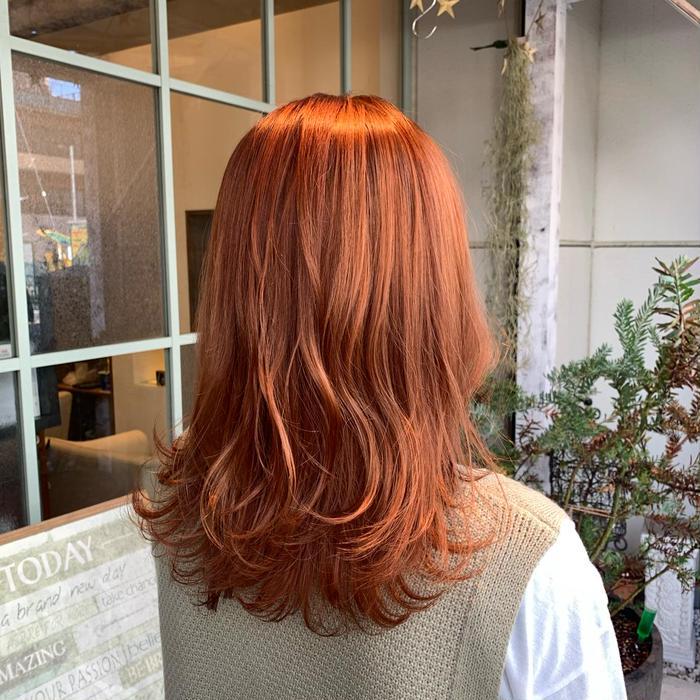 その他 カラー セミロング 1bleachしてorange🧡🍊  orangeなら黒染めや暗めのカラーをしていても ブリーチがあれば綺麗に入る方が多いです💭  ご相談ください!  ⚠️このお客様もセルフカラーで黒染めしてます!