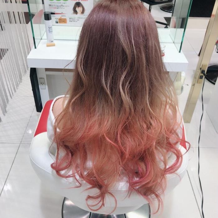 ピンク系のヘアマニキュア