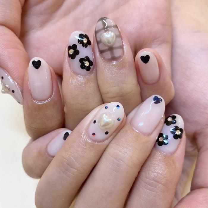 Nail&Eyelash R2所属・藤原 みゆの掲載