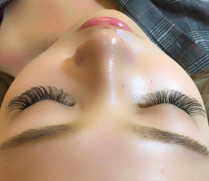 eyelash b-works所属・eyelash b-worksの掲載