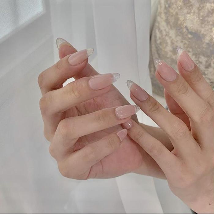 Nail&EyelashFleur所属・雨森 智美の掲載