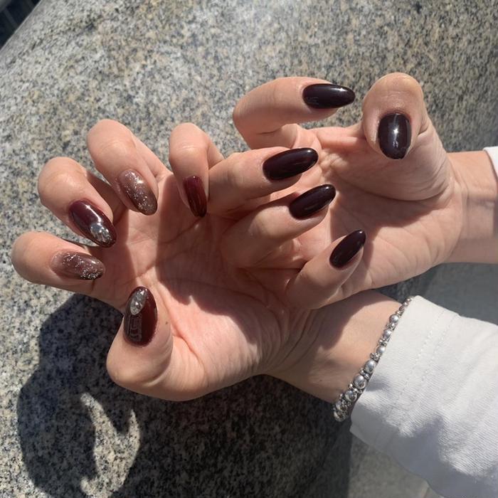 AERA private nail salon.所属・山本 志乃美の掲載