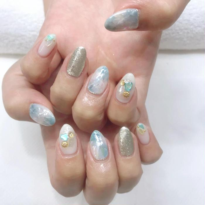 one  love nails新宿南口店所属・新宿 さきの掲載